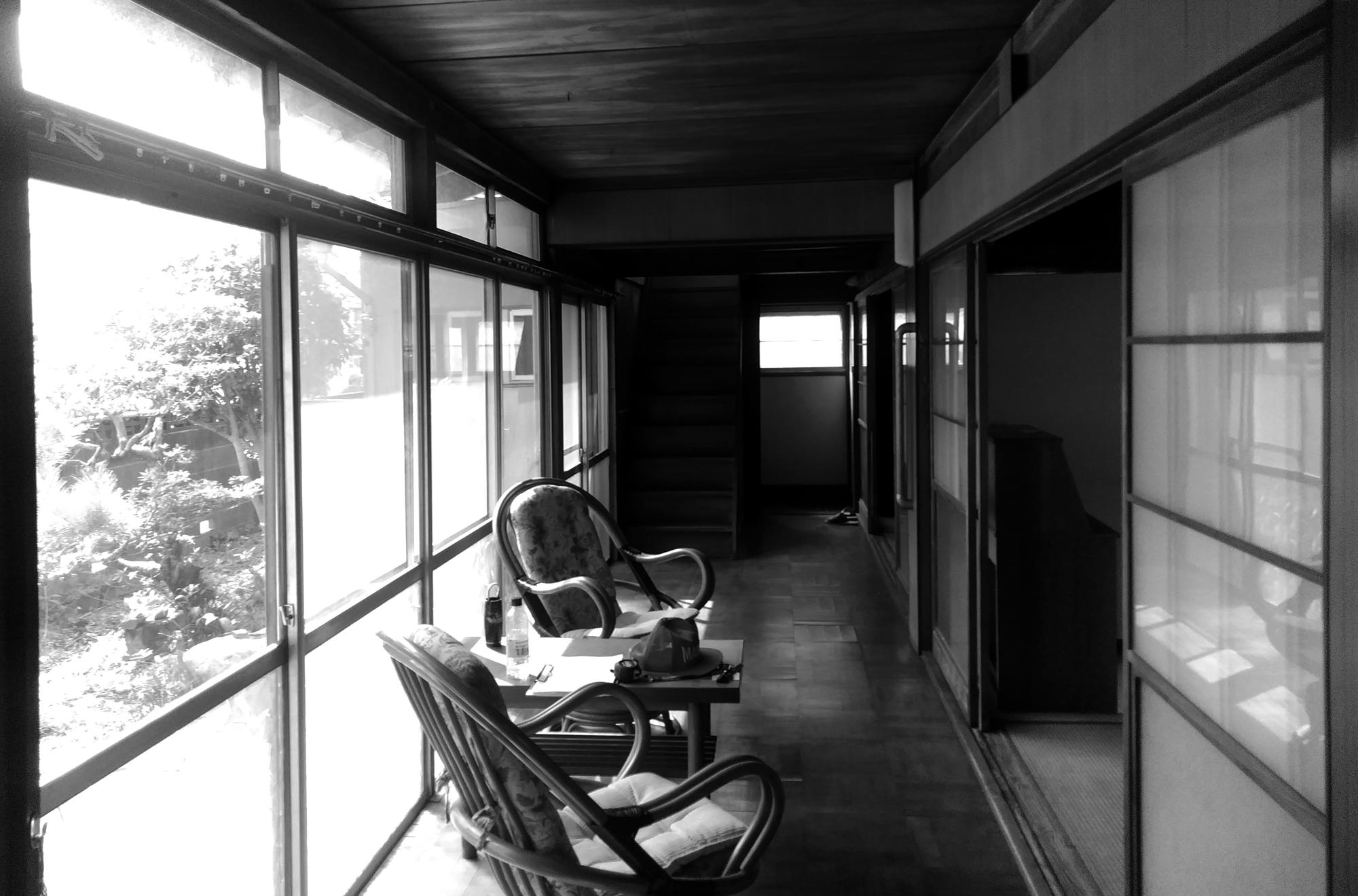青屋根の家(フルリノベーション)